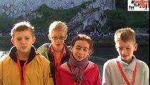 Louis, Maxence, Pierre et Clémence : la carte postale vidéo de Lourdes