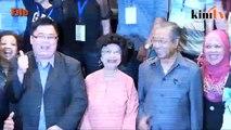 Mahathir: Najib tak sehebat bapanya, Tun Razak