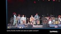 Lenny Kravitz montre son sexe en plein concert !