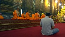 Wat Pho Theravada monks daily chanting
