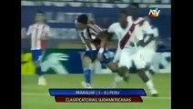 "Phillip Butters ""Que Desastre"" despues del Paraguay vs Peru - Fecha 10"