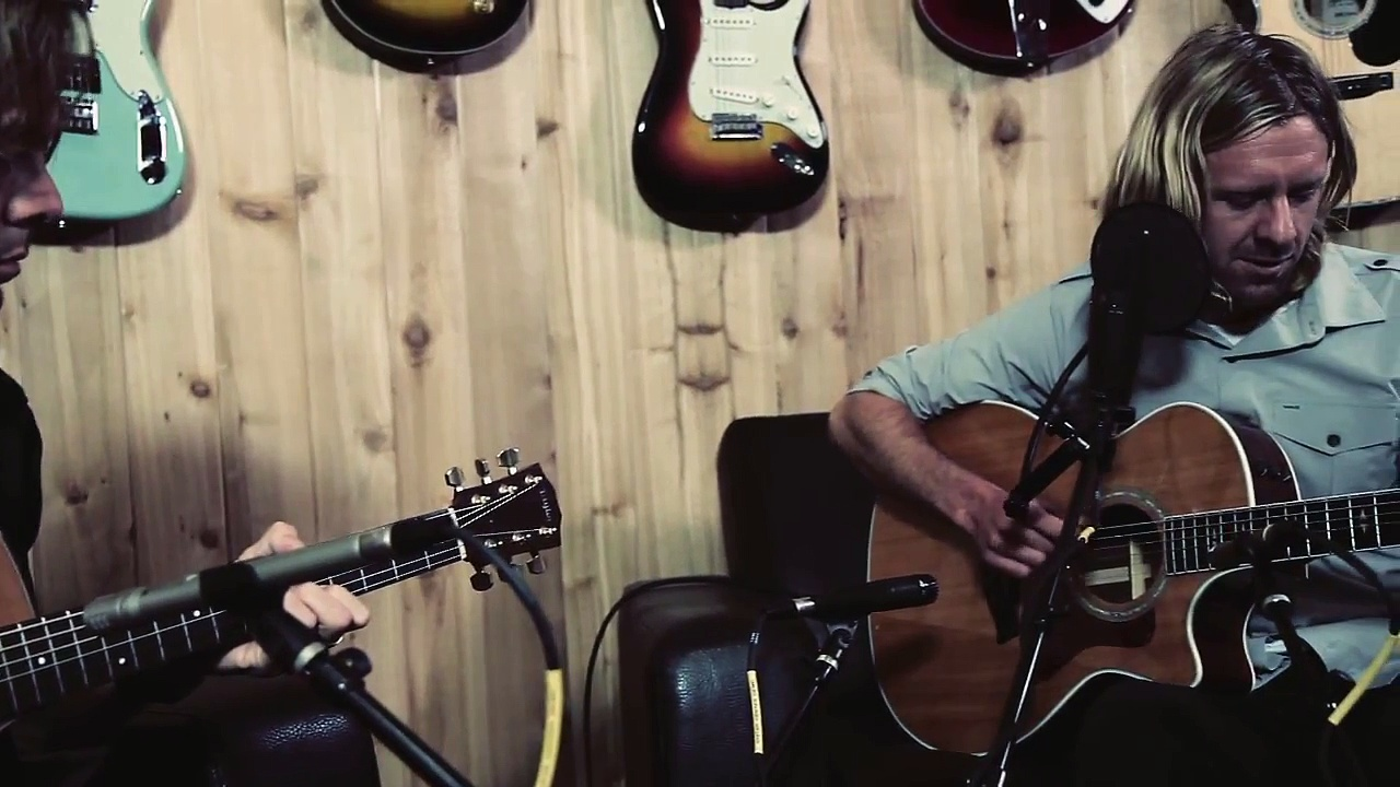 "Switchfoot ""Vice Verses"" At: Guitar Center"