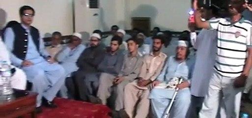 سابق وزیر اعظم پاکستان راجہ پرویز اشرف مقامی ہوٹل میں تقریب سے خطاب کررہے ہیں