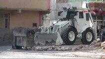 Mardin'de polise ateş açıldı