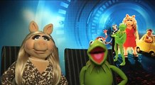 Kermit And Miss Piggy Admit To Using Puppets In Muppets Most Wanted