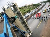Crazy Bus Drivers - Bus Crashes and Fails Compilation August 2015 [HD Video]