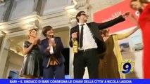 BARI | Il Sindaco di Bari consegna le chiavi della città a Nicola Lagioia