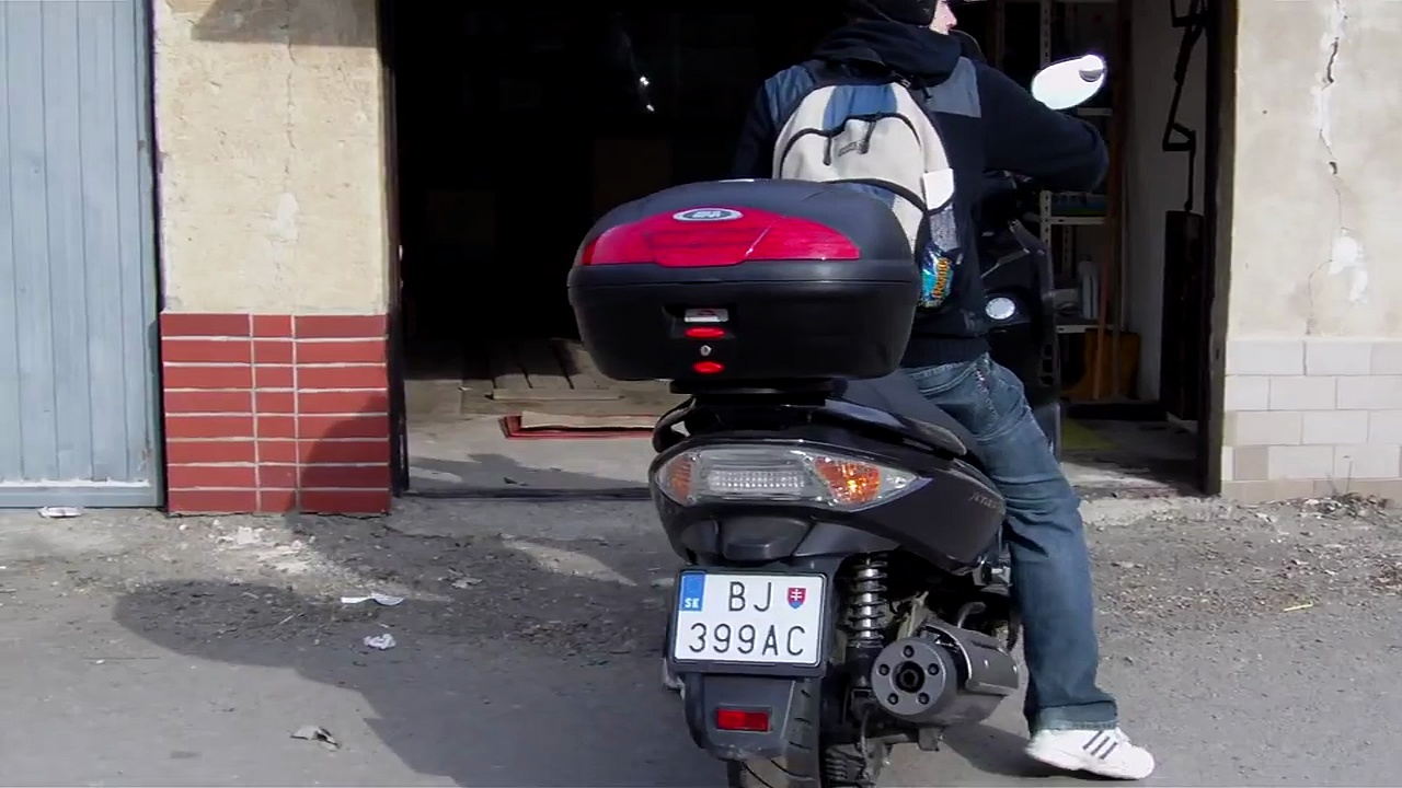 Kymco Xciting 300i – engine start