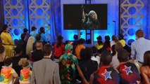 America's Got Talent 2015 S10E08 Judge Cuts - Silvia Silvia Crossbow Sharpshooter