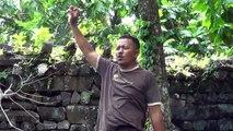 MICRONESIA 2013 - Praying at Nan Madol Ruins