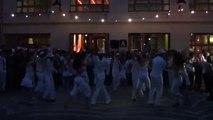 Démonstration de salsa par les étudiants de L'université Paris Diderot P7 au Bal Lumière