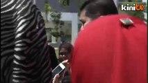 Isu dana RM2.5j utk pembantu Khalid:  Azmin tunggu butiran