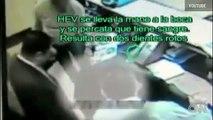Empresario golpea a empleado en Mexico
