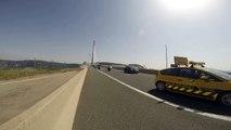 La traversée du viaduc de Millau par les Motards du Viaduc 2015