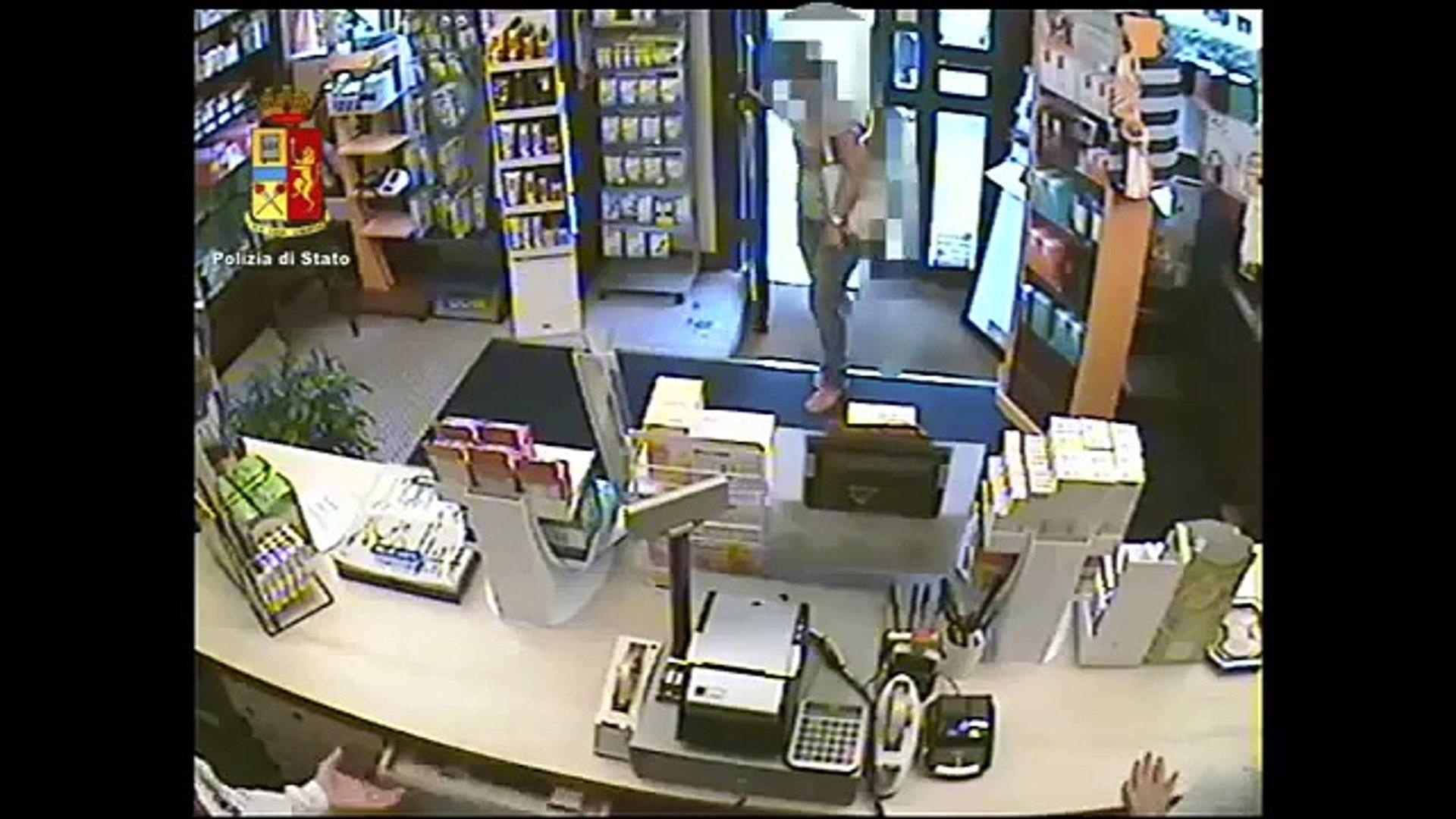 Catania - Rapina una farmacia a Picanello, arrestato (10.08.15)