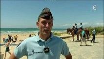 Erdeven (56) : la garde républicaine surveille les plages (France 3 Bretagne)