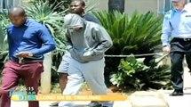 Acusan a Oscar Pistorius de asesinato de su novia.  CadenaTres Noticas