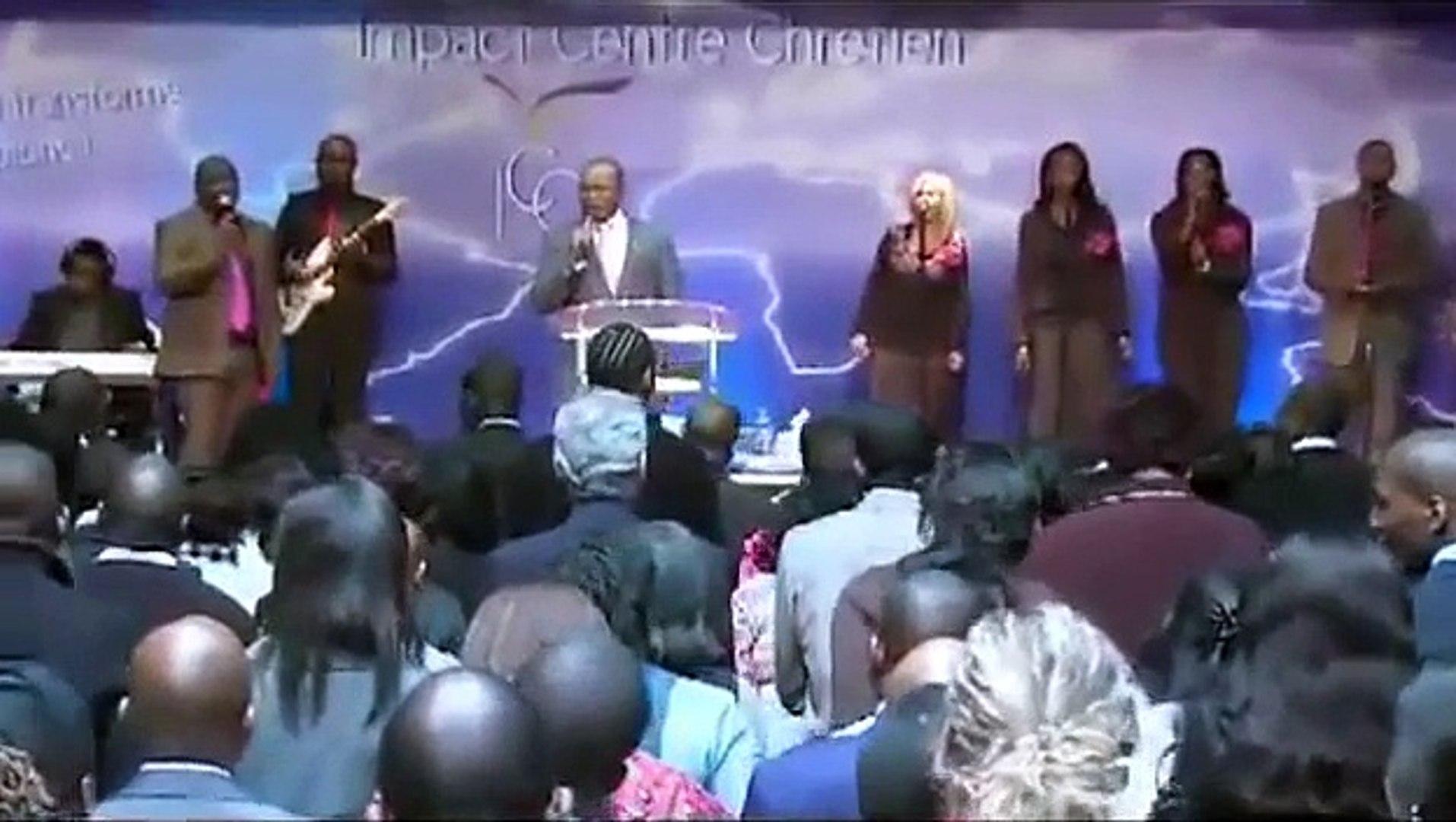 Pasteur Mohammed  Sanogo & ICC Gospel Choir - L'Esprit de Dieu est là