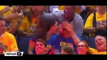 Nba Maçında Kiss-Cam'da Ateşli Öpüşme! NBA match - Hot Kisssing on Kiss-Cam!!