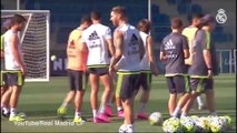 Bale welcomes Ronaldo back to Real training with fist bumps