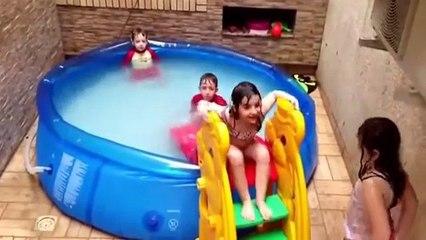 اطفال يسبحون حمام سباحة فى المنزل رائع جدااا 2014
