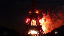 """Feux d'artifice 14 Juillet 2009 - Paris,  """"120 ans de la Tour Eiffel"""", les Années sombres, HQ, HD"""