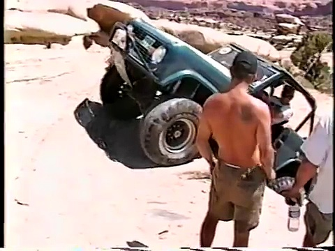 Cool Ford Broncos (not mine) and a driveshaft fail