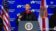 Barack Obama chante Thriller de Michael Jackson - Parodie hilarante!