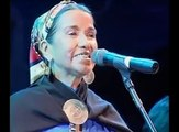 Cantante amazigh o nativos americanos? Cálculo Luisa es mapuche (indígenas mapuches son Chile / Argentina) ..