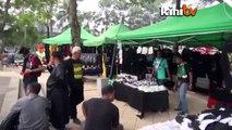 Black 505 (1pm-2pm): Masjid Negara: Crowd to march to Padang Merbok after Zuhur