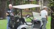 En vacances, Barack Obama se livre à une partie de golf avec Bill Clinton