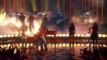 Jamie Foxx and Chris Brown Performing 'You Changed Me' at iHeartRadio Music Awards