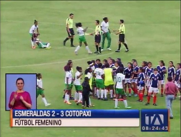Fútbol femenino: lucha campal en el Olímpico Atahualpa