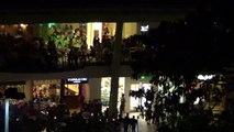 THE AMAZING AYALA MALL CEBU AMAZING OUTSIDE WRAP AROUND TERRACE AT NIGHT 20140214075759