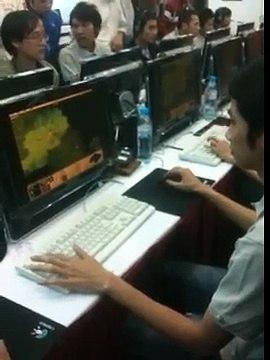Thao tác tay game thủ Tiểu Bạch Long