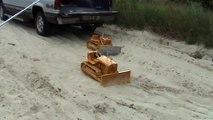 RC Caterpillar D8 and D9 bulldozers