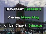 Hoisting of PAKISTANI FLAG in INDIA  'Kashmir banega Pakistan'