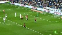 Wesley Sneijder Amazing Goal 1-1 Real Madrid vs Galatasaray