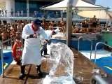 Chef Ariel - Ice carving demo (horse head chess piece)