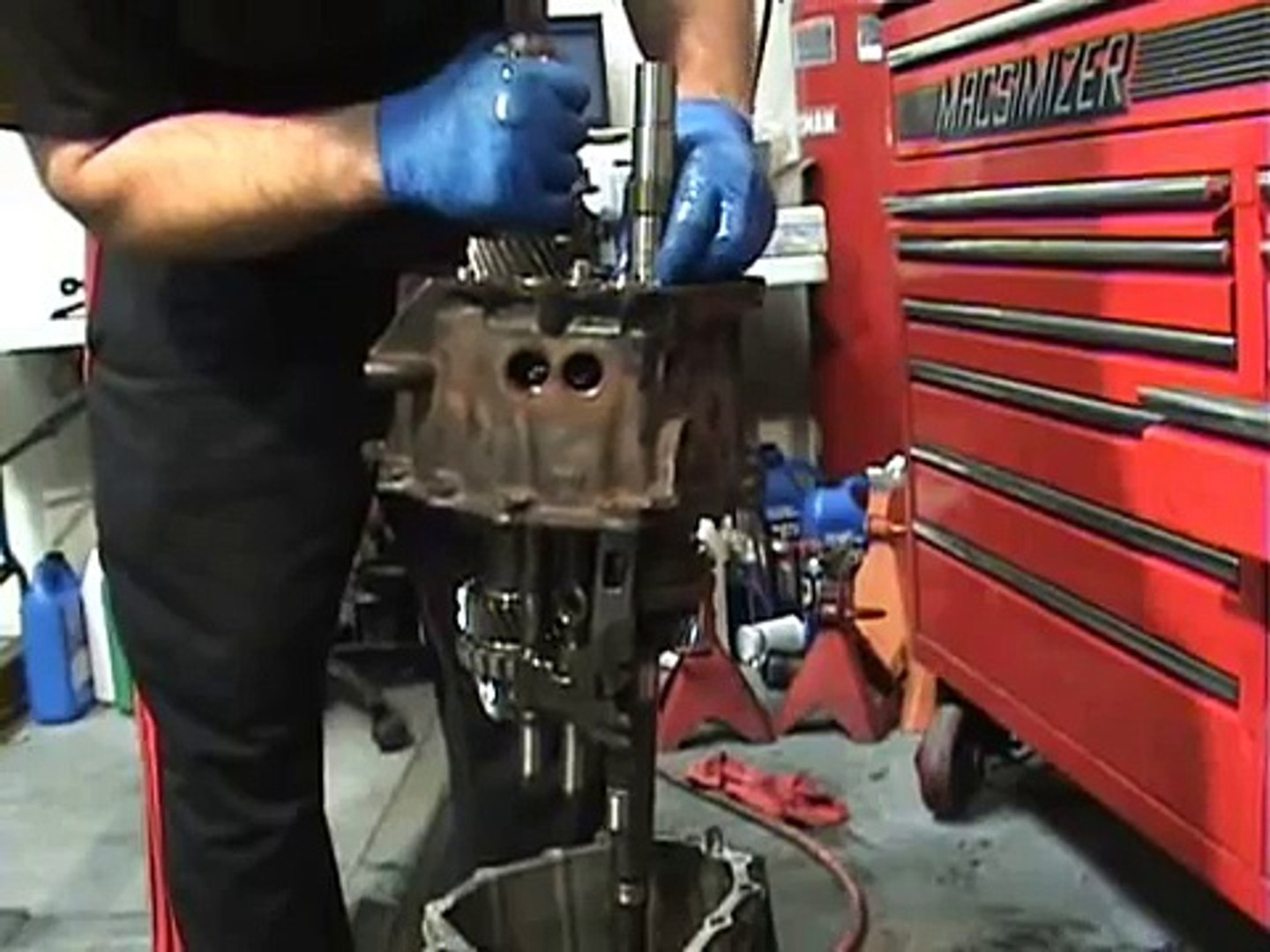 B5 S4, C5 A6, Allroad and others w 6-speed 01E transmission, Rebuild How To  DVD by JHM - (Trailer)