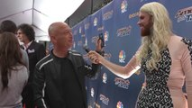 Howie Mandel Gives Scott Heierman Social Media Tips - America s Got Talent 2015 (Extra)