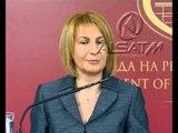 Sanino: 'Vizat rikthehen, nëse e teproni me azilkërkuesit'