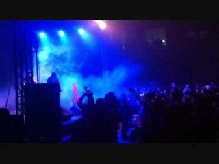 """SingullaR @ The Game Concert performing """"Kon Pe Shan Me Non"""" ft. MC Kresha & Lyrical Son"""