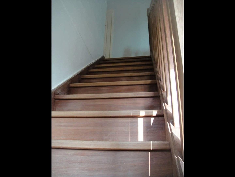 Peindre Une Cage D Escalier En 2 Couleurs rénovation, cage d'escalier couleur, escalier beige-entreprise goutte de  peinture caen