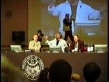 Beppe Grillo parla al Politecnico di Torino 6-04-2006 3/5