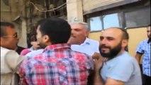 Video prekëse nga tragjedia siriane. Babai gjen fëmijën e tij