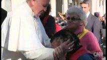 Njeriu më i përfolur për vitin 2013. 77-vjeçari Papa Françesku, kreu i kishës katolike