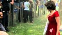 """Turqi, dënohet polici që sulmoi """"gruan me të kuqe"""""""