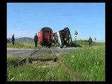 Treni përplas autobusin në rrugën Shtip-Veles, 36 të lënduar