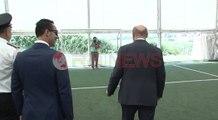 Schulz në Shqipëri ngre gira/ Schulz lift weights in Albania- Ora News- Lajmi i fundit-